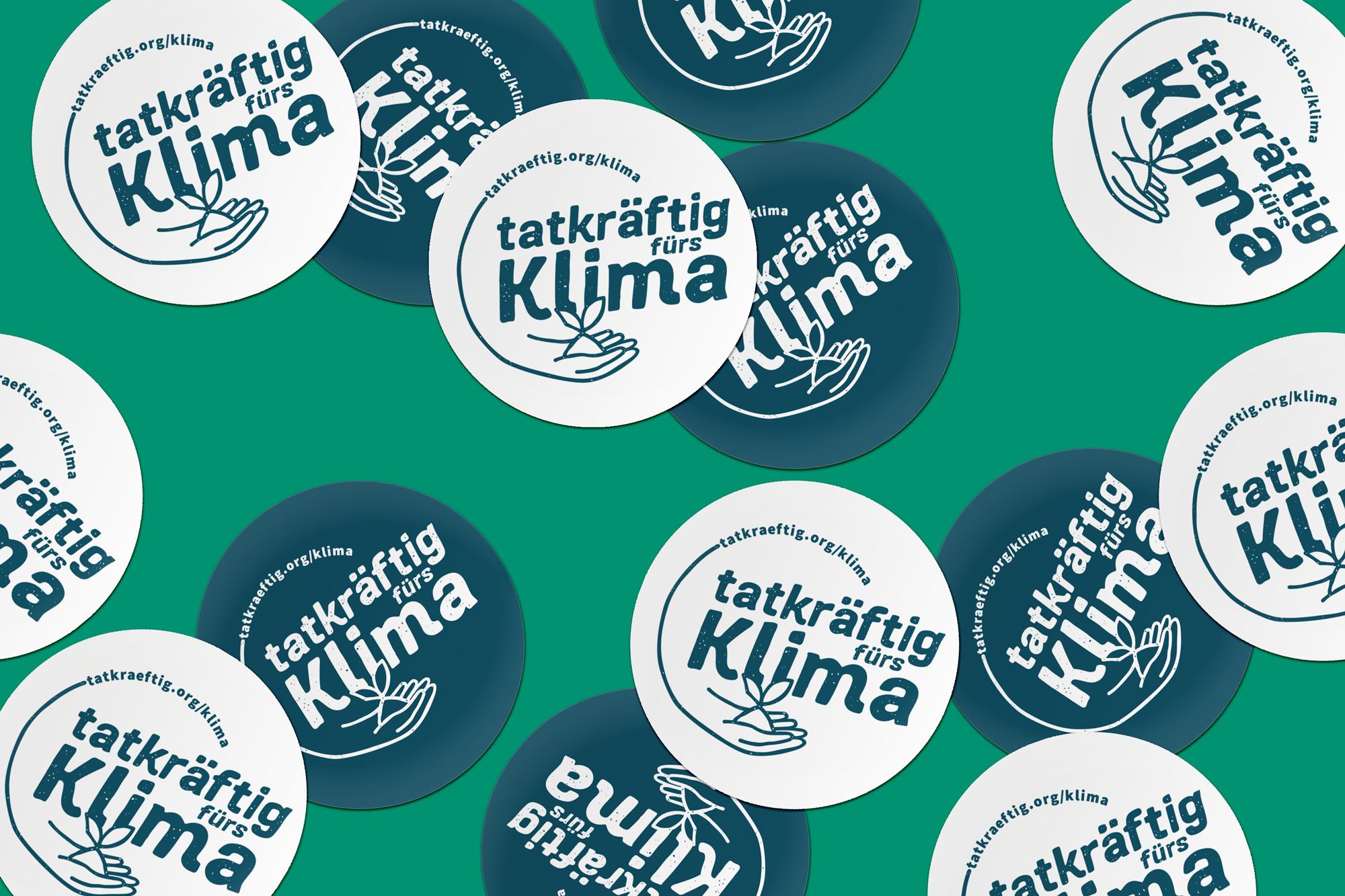Sticker_TatkraeftigfürsKlima_mockup